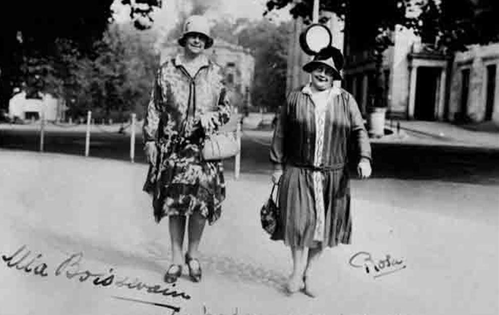 Mia Boissevain en Rosa Manus, met handtekeningen. Collectie IAV-Atria