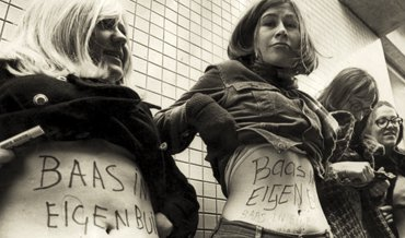 1970 Utrecht, dolle mina's demonstrating for the right on familyplanning and abortion