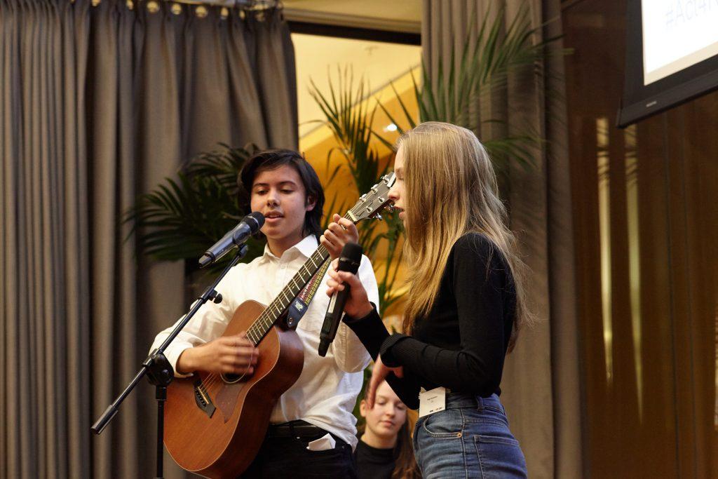 Gitarist en zangeres